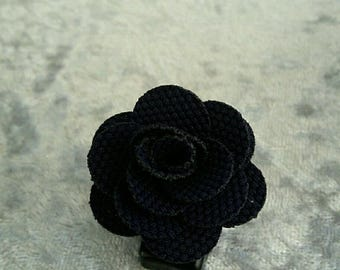 Black flower blue fabric on pretty silver bracket ring