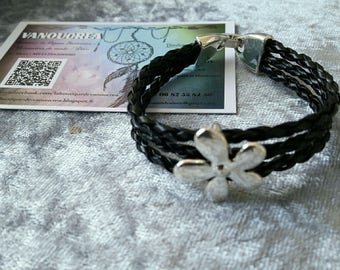 flower on 3 son braided bracelet