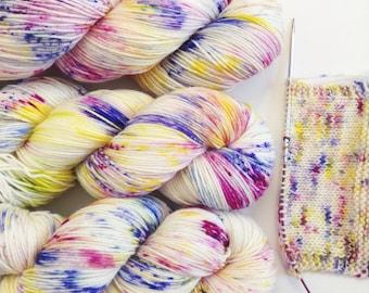 Imaginarium. Hand Dyed Yarn. Hand Painted Variegated Speckled Yarn. 4 ply yarn. fingering weight. Sock yarn.