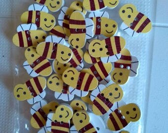 Wooden bee buttons x 30