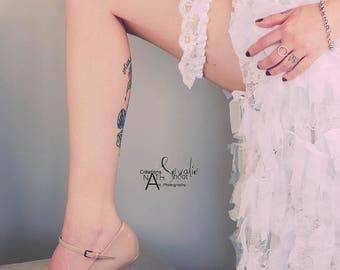 Bridal Garter, lace and organza wedding jewelry