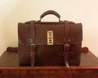 Multi-gusseted Brown Bridle Leather Briefcase With Brass Hardware- Very Nice