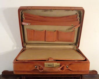 """Spring Sale Vintage Hartmann Tan Belting Leather 5"""" Briefcase Attache Commuter Case With Compartment Divider & Combination Locks- Rare Size"""