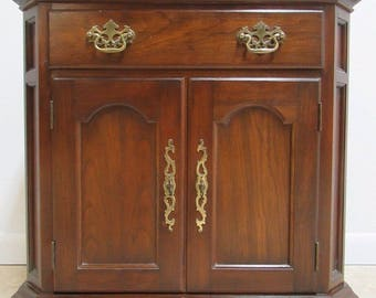 Solid Cherry Pennsylvania House Chippendale Lamp End Table Night Stand A
