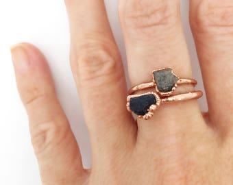 Sapphire Ring, Raw Sapphire Ring, Sapphire Copper Ring, Sapphire Stacking Ring, Bright Copper Ring, September Birthstone Ring