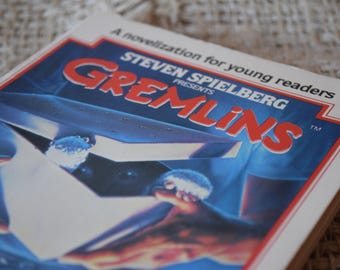 Gremlins. Steven Spielberg. Chris Columbus. George Gipe. Vintage Book. First Edition. 1984