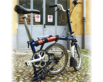 Brompton carrying handle