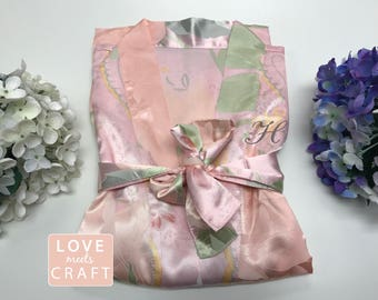 Pink Blossom Floral Satin Robes, Personalized Floral Robes Wedding Bridal Party Bridesmaid Gift Silk Robes Monogram Bridal Shower Gifts