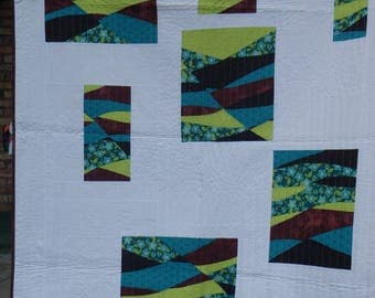 modern quilt, white quilt, twin bed quilt, lap quilt, blue and white quilt