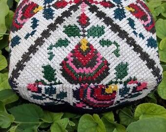 Traditional Vintage uzbek headwear Duppi cap, skullcap.