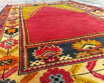 Vintage 1960-1970s Muted-Colored,Rectangle,Wool Natural Dyed Prayer Rug