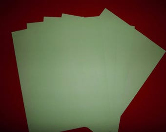 set of 5 lime green paper 29.5 x 21 cm