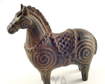 bronze horse sculpture Figurine pony bronze Small bronze sculpt Horse bronze Sculptured horse Equestrian bronze Pony sculpture