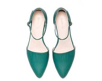 SALE Green flat sandals, women sandals, women shoes, women green shoes, women flat shoes, handmade leather shoes by Burlinca. Nills model.