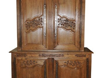 Antique French Country Cabinet Normandy Oak Elegant Beauty, 18th Century #5256