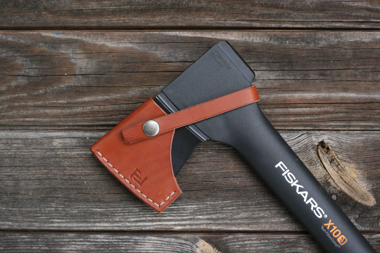 fiskars chopping axe  leather sheath