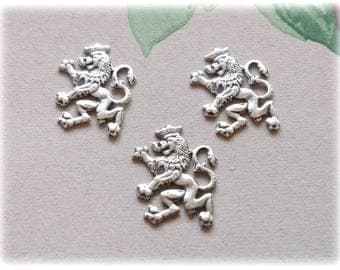 3pcs Antique silver plated Stamping Scottish Lion 18x14mm, Lion stamping, Lion Brass, Scotish Lion