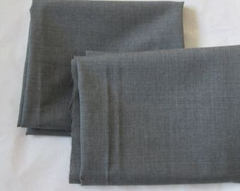 2 pieces of fine fabric gray mouse