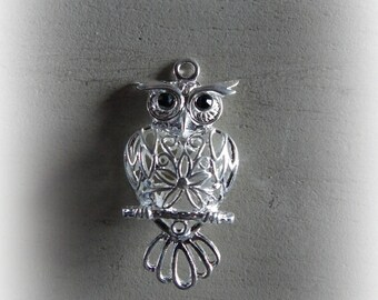 1 pendant OWL / OWL silverplate 52 * 25 mm