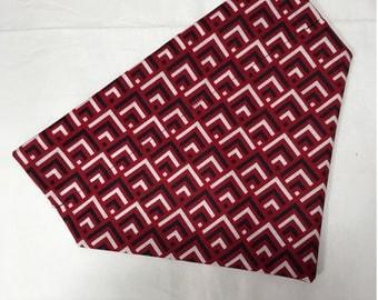Red/Black/White Over The Collar Bandana