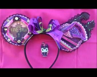 LIGHT UP Descendants Mal Inspired Mouse Ears/Mal Mickey ears/Disney villain ears/Descendant's minnie ears/Descendants Minnie mouse ears