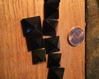 Black spinal minature healing pyramids
