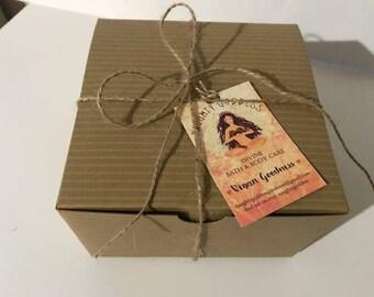 Valentine | Bridesmaid Gift Box| Bridesmaid Spa Gifts| Wedding Gift| Gift for Mom| Bath and Body Gift Set| Bridal Gift Box| Naughty Nuptials