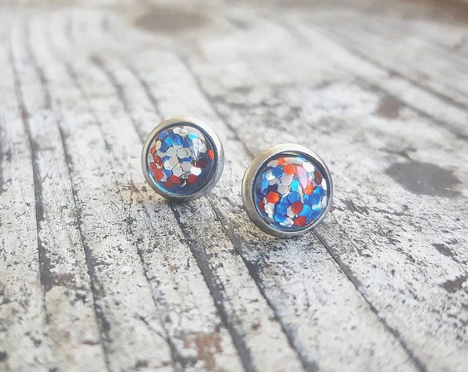 8mm tiny American red white and blue glitter USA studs