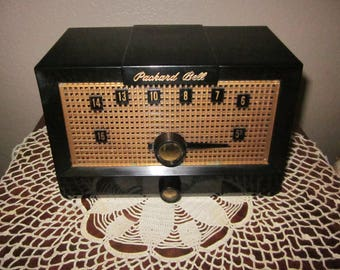 Vintage Tube Radio - AM - 1957 Packard Bell Model 5R1
