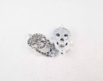 TM30 - set of 2 charms connectors with Crystal rhinestones silver skull