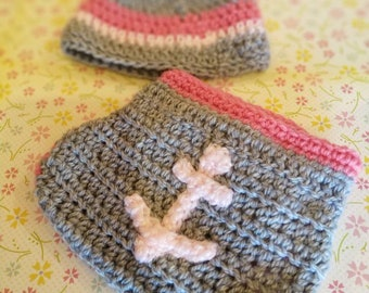 Crocheted baby hat and diaper cover set