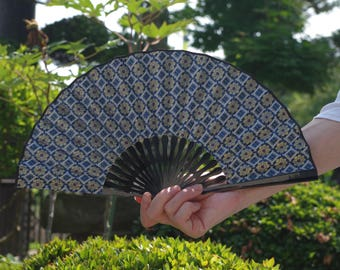 SENSU(扇子)A traditional pattern of Japan and made of lace fabrics. It is elegance. Maybe your favorite one!