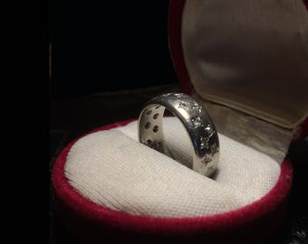Men's Diamond & Platinum Wedding Ring