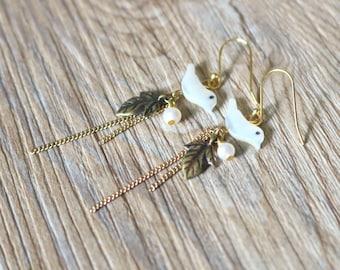Vintage antique bronze shell bird drop earrings, Dangle & Drop Earrings, gift for her, clip on earrings, crystal stud