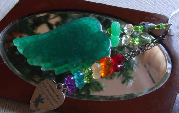 Pet loss gift - green angel wing - agate pendant - Dog Sympathy gift - memento -Pet memorial - rainbow bridge charm - gift box set