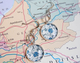 Delfts blauw small flowers oorbellen  4 keuzes  Made in  Holland collectie