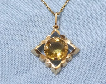 Vintage 18ct Gold Citrine Penant Charm And 18ct Gold Chain Necklace
