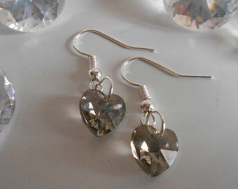 Grey heart earrings