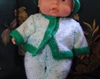 Gift for your little ones: dressed doll