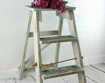 Ladders, small ladders, rustic ladders, wedding ladders