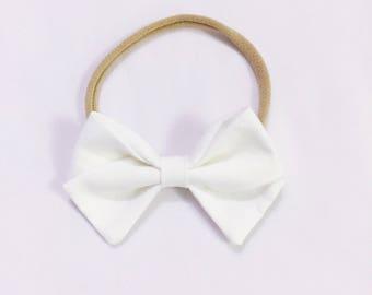 Charley - classic white signature bow heaband