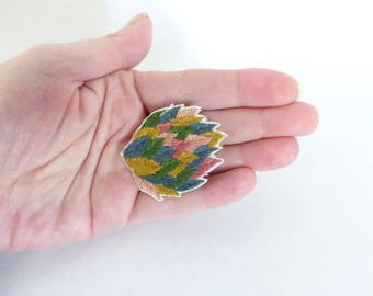 Embroidered jewel / Bouquet of embroidered leaves / Nature / embroidered accessory / colorful brooch / plant