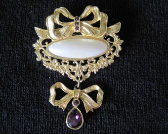 Vintage AVON Brooch, Costume Jewelry