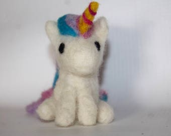 Unicorn, Needle felted, Unicorn Decor, Plush Unicorn, Unicorn Plush, Wool Animal, Wool Unicorn, Unicorn Sculpture, Unicorn Gift
