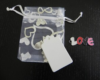 "LOVE: for 12 people with 12 bags organza, tags and charms ""LOVE"""