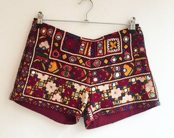 Vintage indian banjara boho shorts S