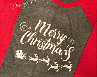 Merry Christmas Raglan 3/4 Sleeve Shirt with Reindeer/Unisex T-Shirt