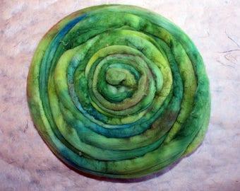 Hand-dyed Merino Wool 'Laguna II' - combed tops