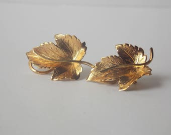 Wells 14K Gold Filled Leaf Clip on earrings, Wells Earrings, Wells Jewelry, Gold Filled Earrings, 14K Earrings, Leaf Earrings, Leaf Jewelry