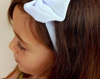 Perfect white elastic bow headband one size